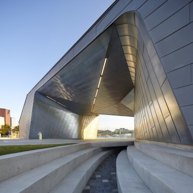 Sherbourne_Common_Pavilion_2