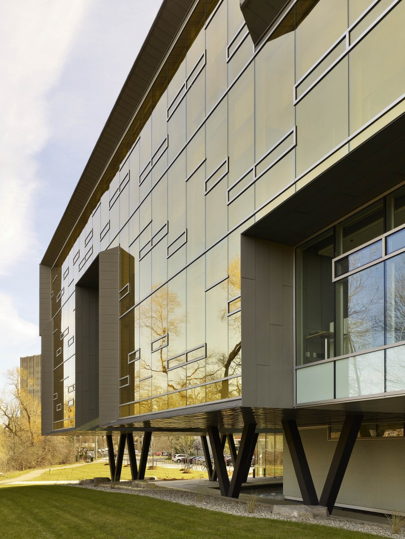Stephen Hawking Centre featured in Metal Construction News