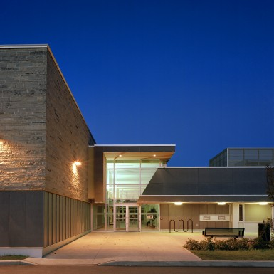 Brant_Hills_Community_Centre_and_Tyandaga_Branch_Library_2