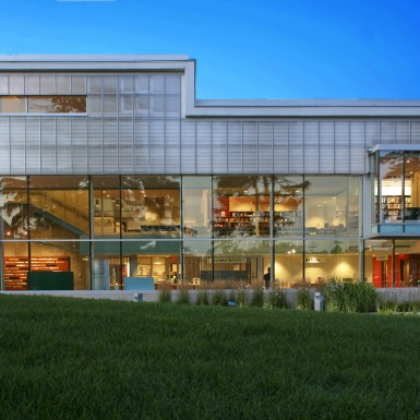Burlington_Central_Public_Library_3
