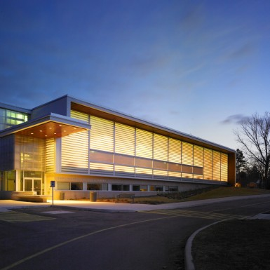 Burlington_Central_Public_Library_5