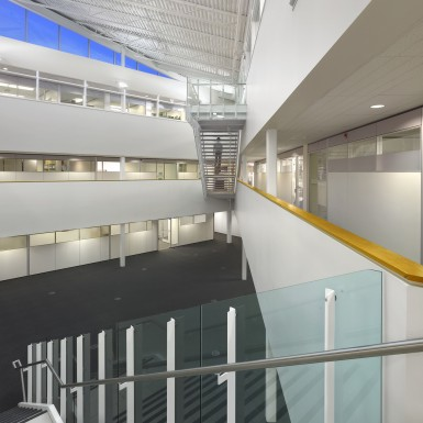 Niagara_Region_Headquarters_Office_Building_Addition_Interior_2