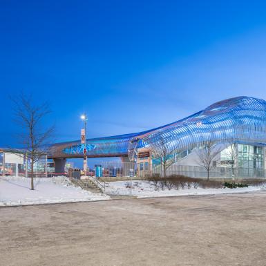 Pickering-GO-Pedestrian-Bridge-Teeple-Architects-16