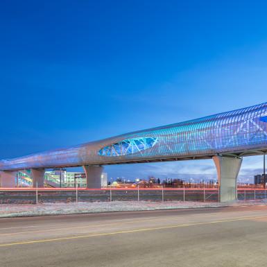 Pickering-GO-Pedestrian-Bridge-Teeple-Architects-17