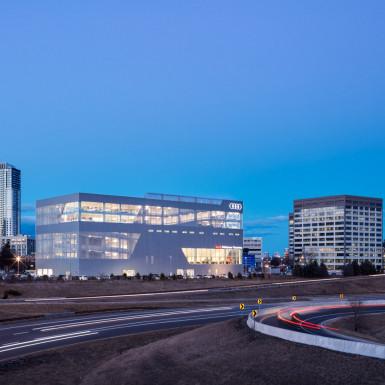 Audi Midtown / Teeple Architects