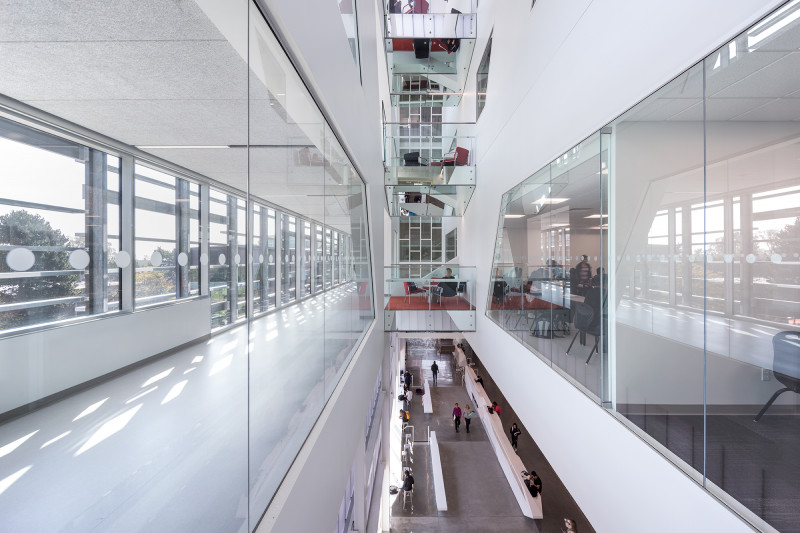 Langara Science & Technology Building Receives SABMag Canadian Green Building Award